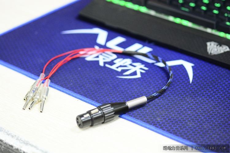 告诉你QA100或QA690数字功放如何连接平衡耳机